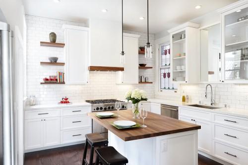 Классическая кухня - преимущества в интерьере